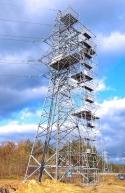 риштування Плеттак на вежі лінії високого струму
